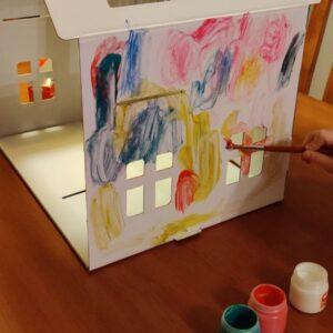 Domek pro panenky z kartonu | INDOOR FUN