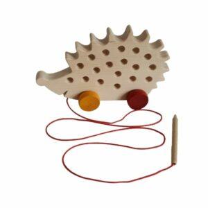 Dřevěná provlékačka - ježeček