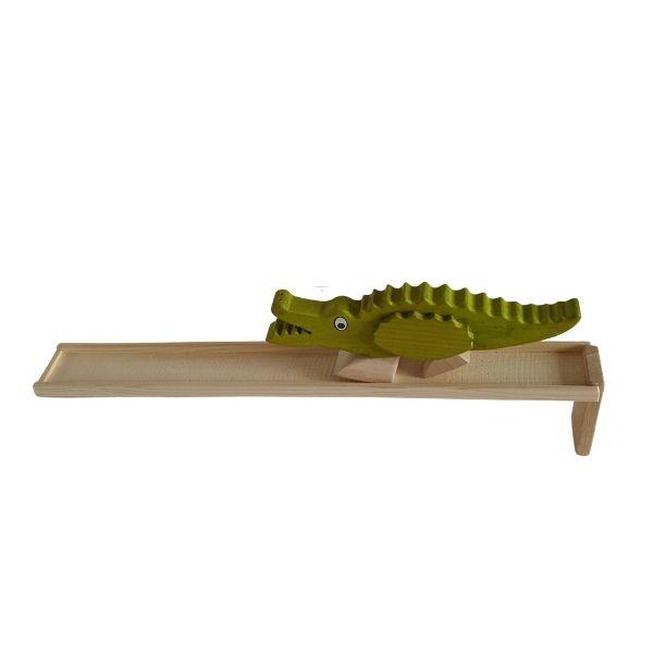 Dřevěný chodící krokodýl