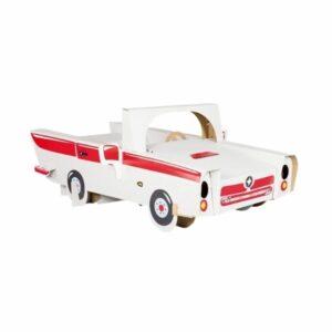 Kartonové auto pro děti