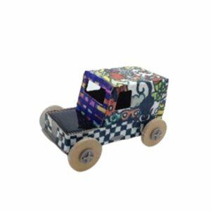 Kartonové solární autíčko